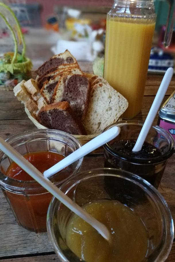 petit dejeuner maison Li poulidetto